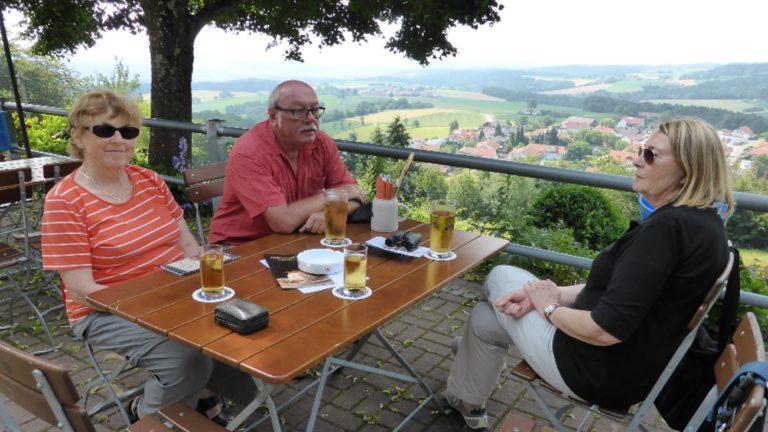 ausflugsziele-biergarten-bayersicher-wald